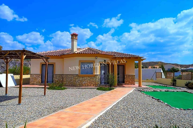 3 bedroom Villa for rent in Arboleas with garage - € 500 (Ref: 4701736)
