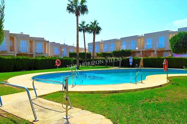 3 bedroom Villa for rent in Garrucha with pool - € 600 (Ref: 4748201)