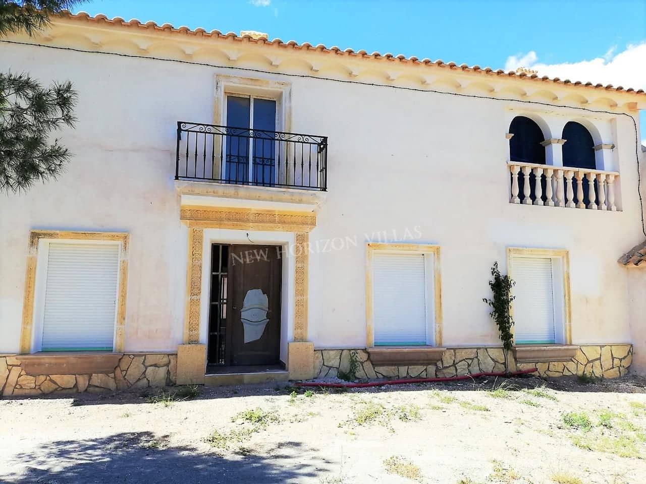3 slaapkamer Finca/Landhuis te huur in Albox - € 500 (Ref: 5305339)