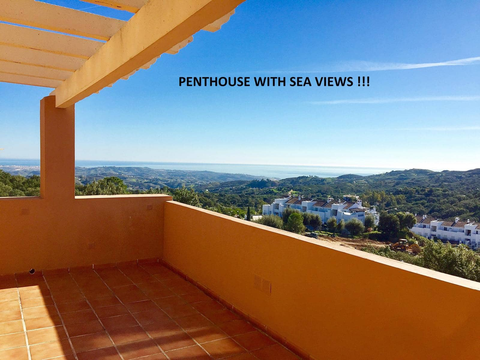 2 bedroom Apartment for sale in Marbella with pool garage - € 248,000 (Ref: 4308636)