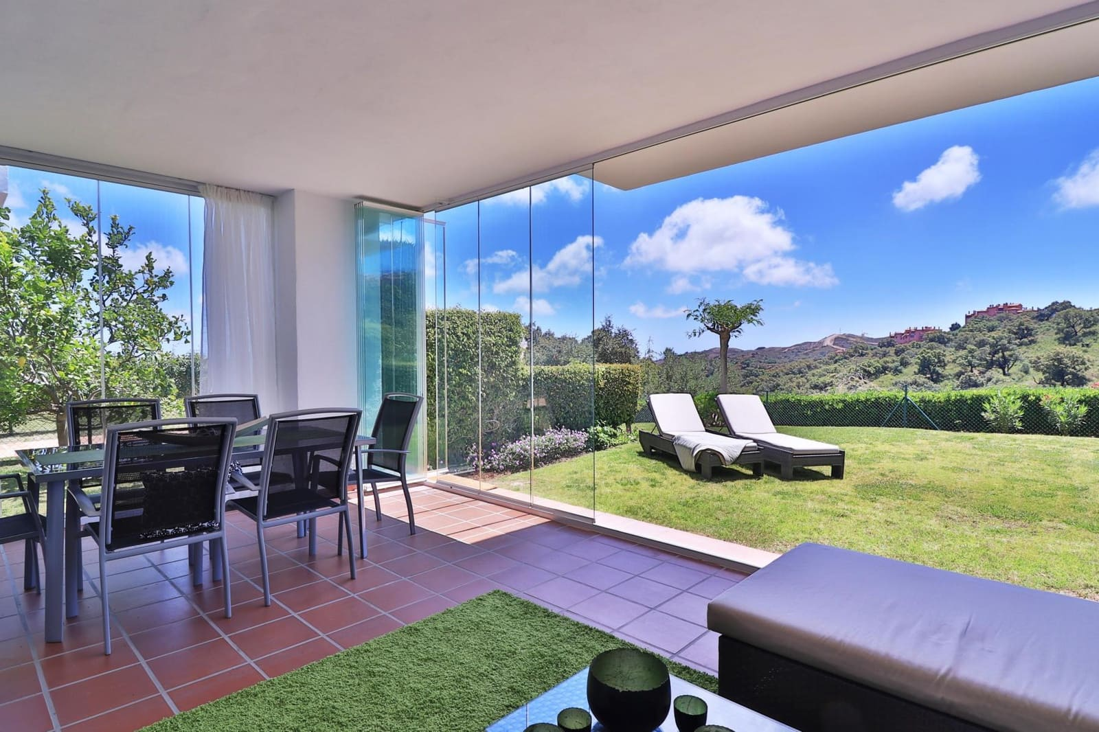 2 bedroom Apartment for sale in Marbella with pool garage - € 269,000 (Ref: 4595684)