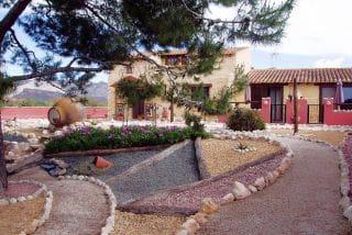 Chalet de 5 habitaciones en Orihuela en venta con piscina - 465.000 € (Ref: 4950627)