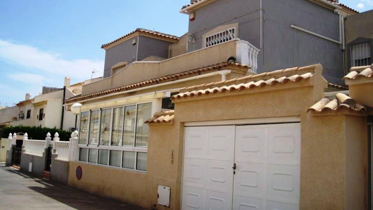 Adosado de 3 habitaciones en Playa Flamenca en venta con piscina - 110.000 € (Ref: 4966968)