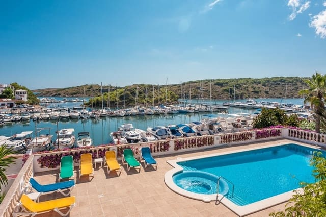 6 soveværelse Villa til salg i Port d'Addaia med swimmingpool - € 1.100.000 (Ref: 3414770)