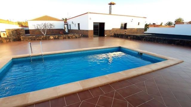 4 bedroom Villa for sale in Parque Holandes with pool garage - € 410,000 (Ref: 5882625)