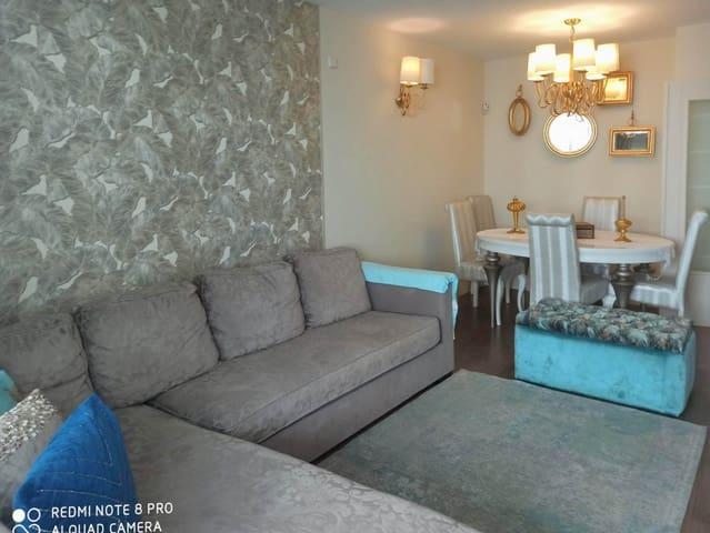 4 soverom Penthouse til leie i Fuengirola med svømmebasseng garasje - € 1 900 (Ref: 6029898)