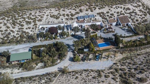 10 soveværelse Hulehus til salg i Baza med swimmingpool - € 700.000 (Ref: 6024828)