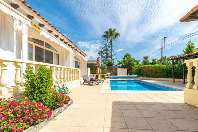 2 bedroom Villa for sale in Albir with pool - € 375,000 (Ref: 5192081)