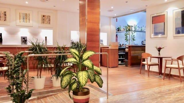 20 soveværelse Hotel til salg i El Campello - € 1.800.000 (Ref: 4511304)