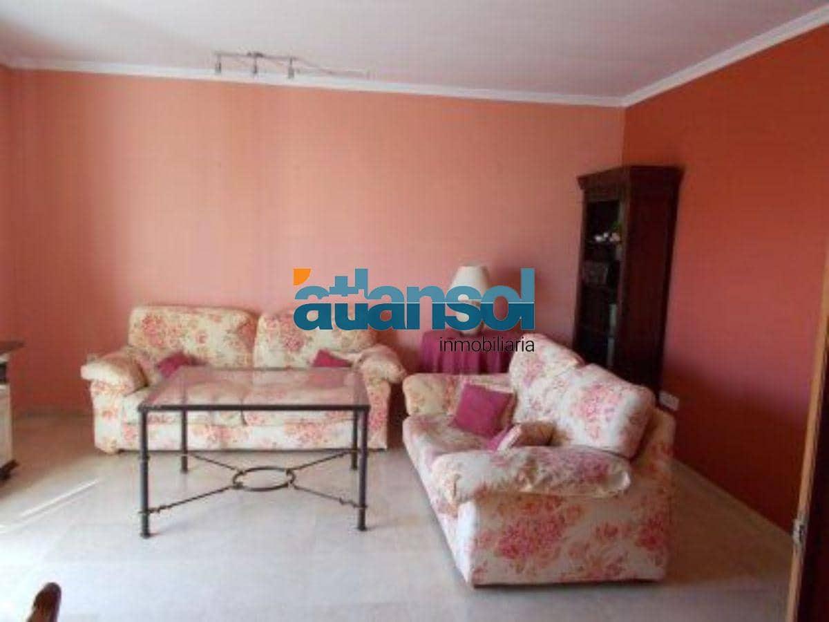 4 slaapkamer Penthouse te huur in El Puerto de Santa Maria met garage - € 750 (Ref: 4649527)