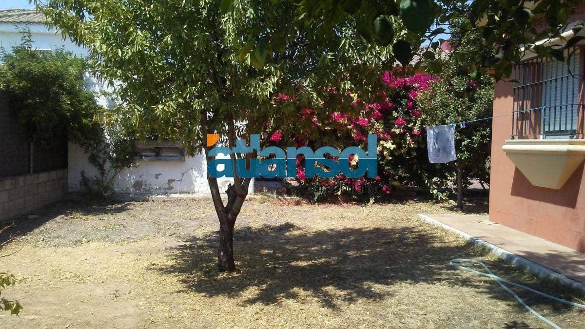 4 slaapkamer Villa te huur in El Puerto de Santa Maria met garage - € 950 (Ref: 5302831)
