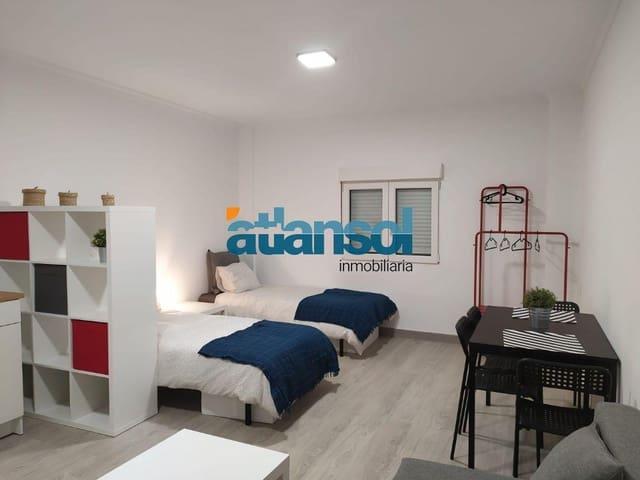Studio te huur in El Puerto de Santa Maria - € 350 (Ref: 5469068)