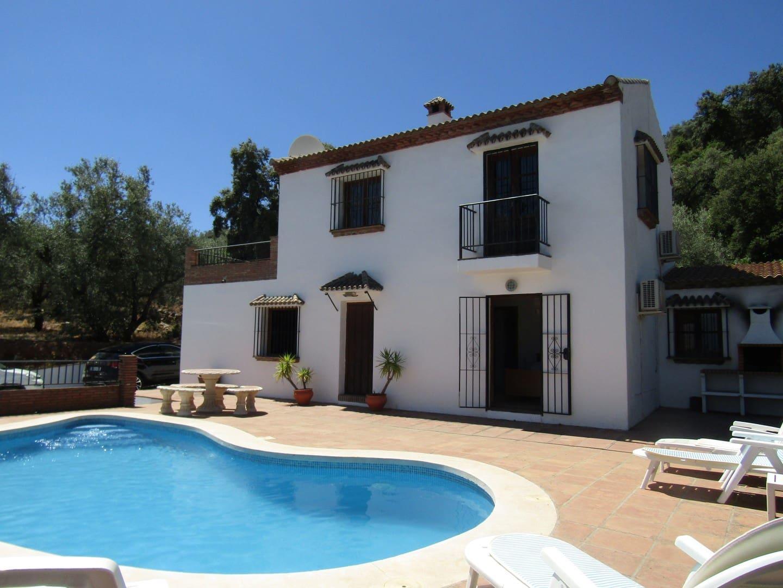 2 Zimmer Villa zu verkaufen in Masmullar mit Pool - 239.000 € (Ref: 4095302)