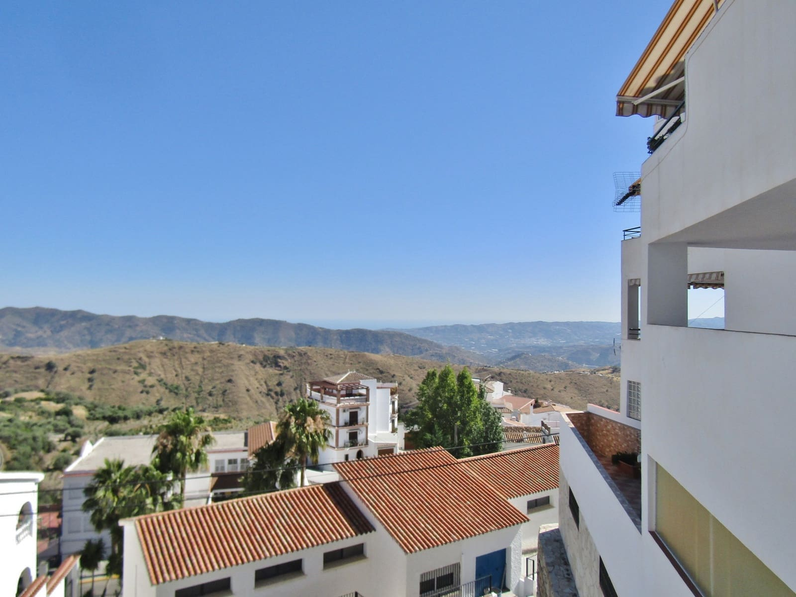 2 bedroom Apartment for sale in Canillas de Aceituno - € 85,000 (Ref: 4680874)