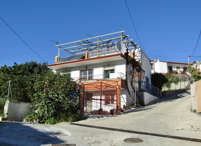 7 chambre Maison de Ville à vendre à La Zubia - 199 950 € (Ref: 4923567)