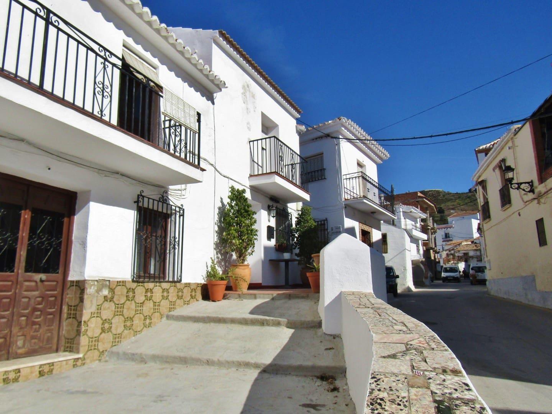 2 bedroom Townhouse for sale in Benamargosa - € 125,000 (Ref: 5161992)