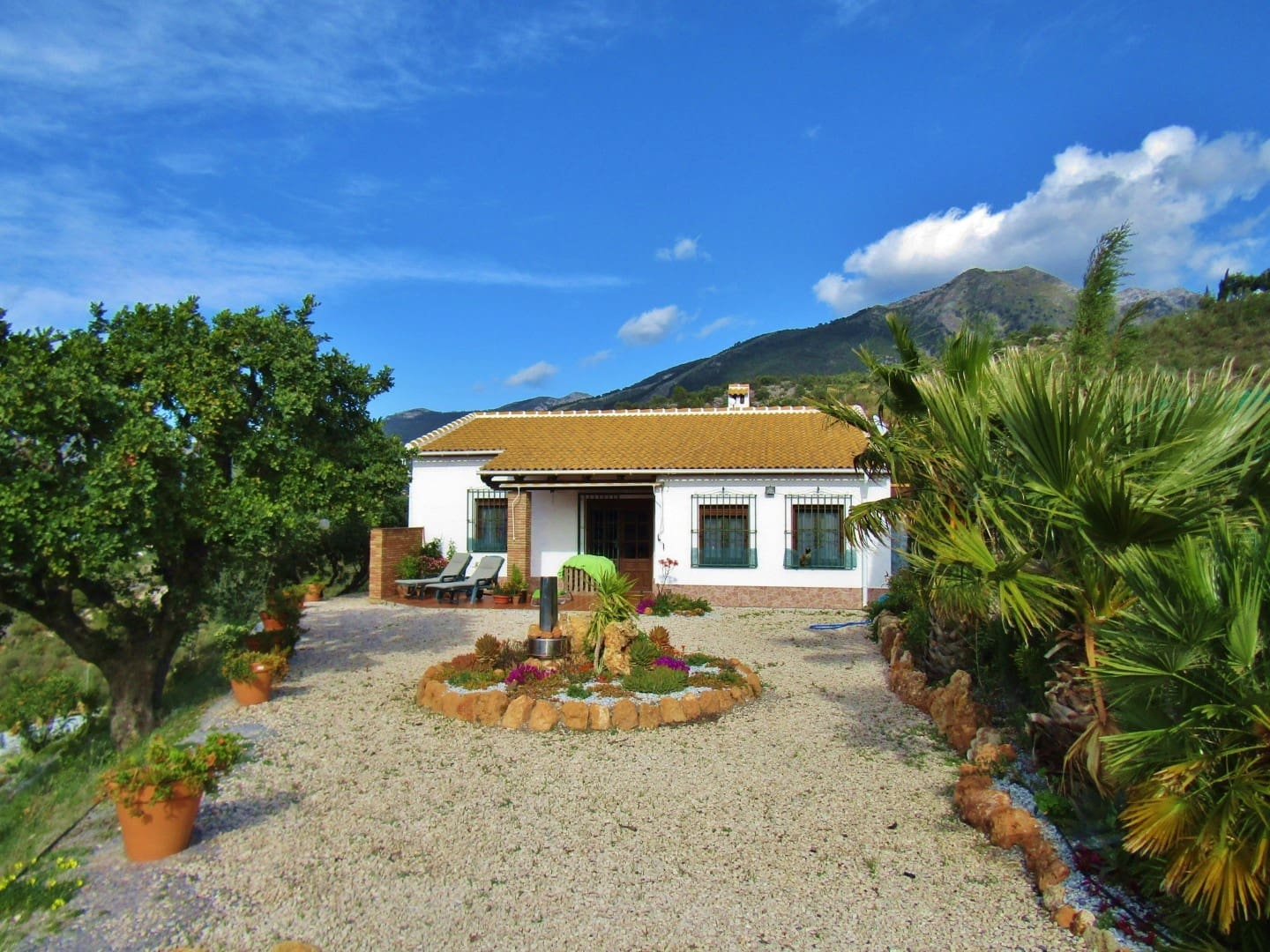 2 bedroom Finca/Country House for sale in Alcaucin - € 159,000 (Ref: 5161993)