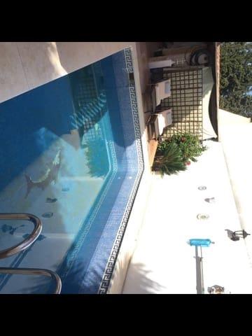 4 soverom Kjedet enebolig til salgs i Campanillas med svømmebasseng garasje - € 315 000 (Ref: 5750489)