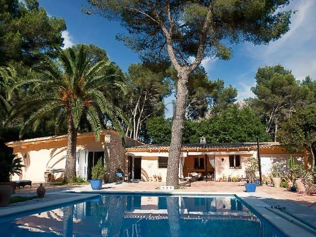 5 bedroom Villa for sale in Pollensa / Pollenca - € 1,700,000 (Ref: 3111547)