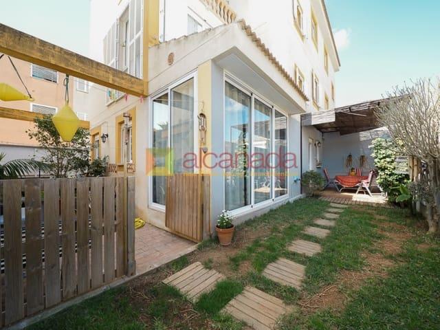 4 sovrum Radhus till salu i Puerto de Alcudia med garage - 365 000 € (Ref: 3112076)