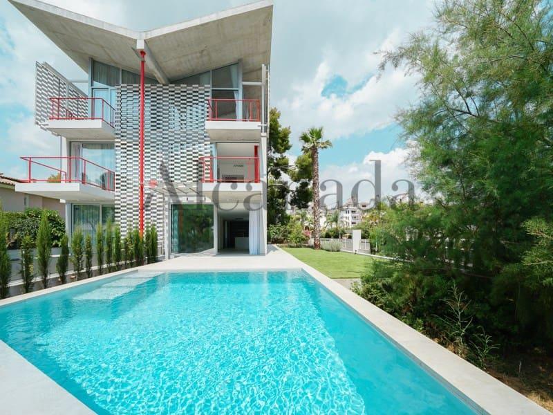 4 quarto Moradia em Banda para venda em Puerto de Alcudia - 1 590 000 € (Ref: 4973382)