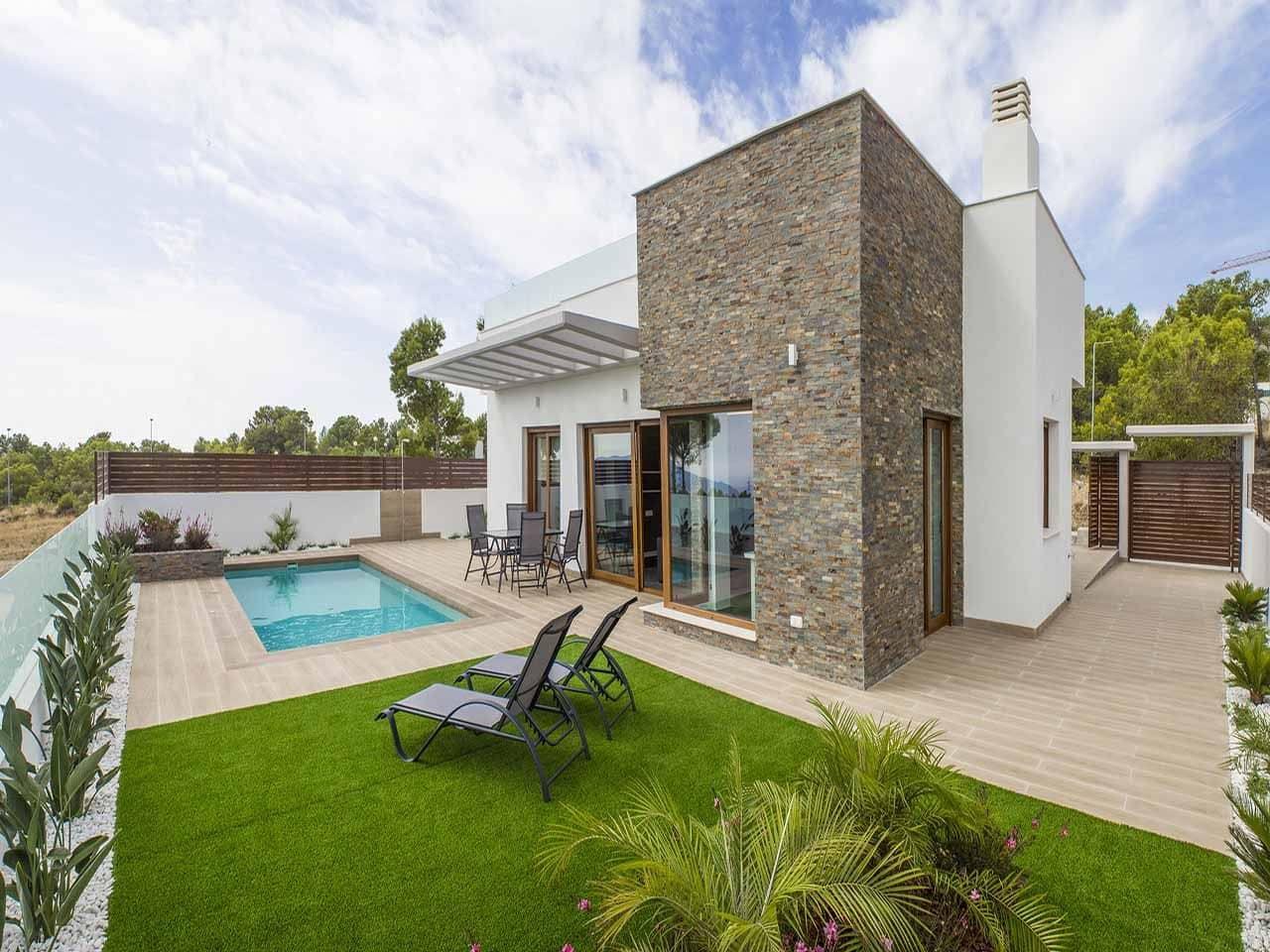 Chalet de 3 habitaciones en Polop en venta con piscina - 334.400 € (Ref: 4088450)