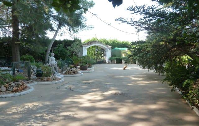 Chalet de 7 habitaciones en Rafelguaraf en venta con piscina garaje - 698.000 € (Ref: 3105197)