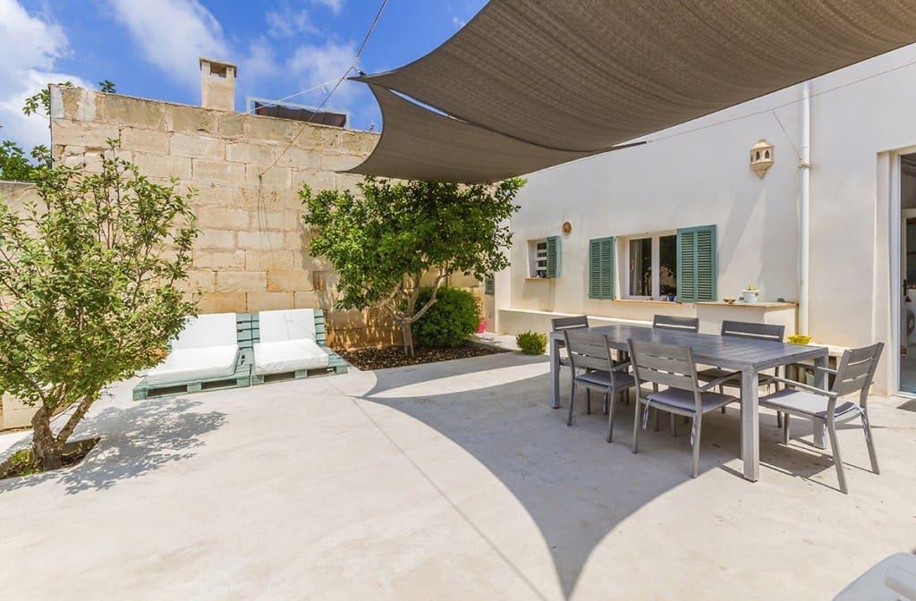 5 soveværelse Byhus til salg i Colonia de Sant Jordi med garage - € 960.000 (Ref: 5220155)