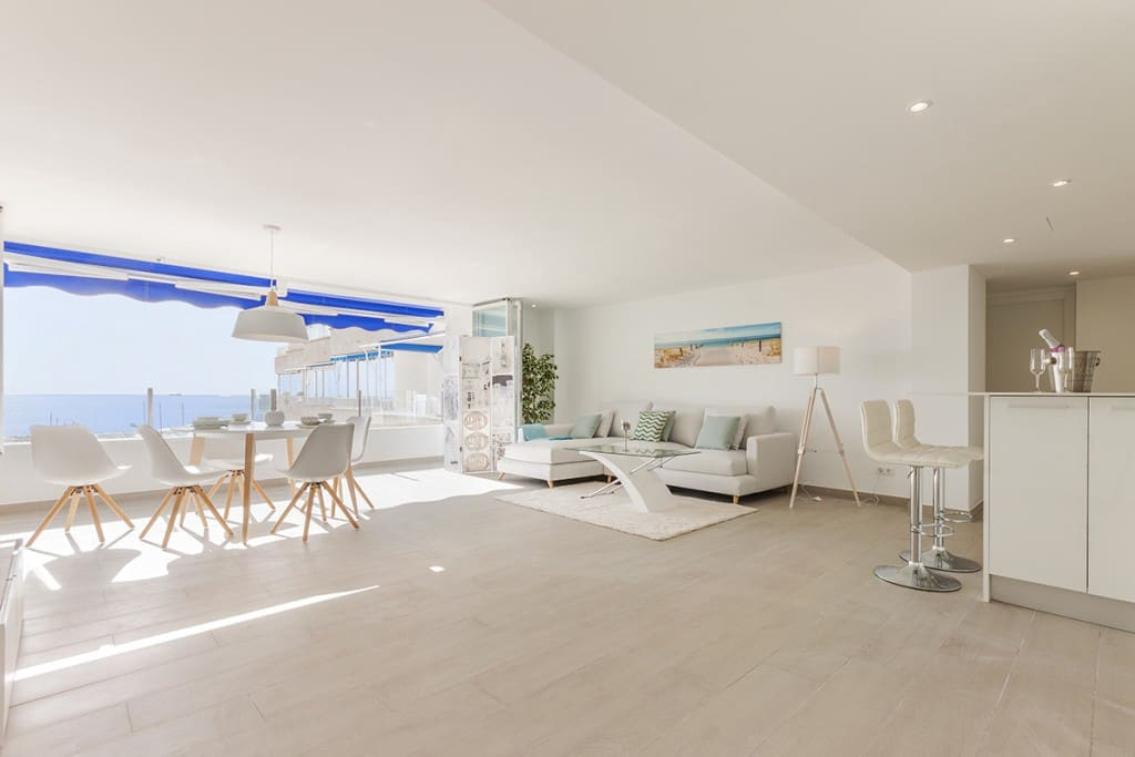 3 bedroom Apartment for sale in Puerto Portals with pool - € 1,200,000 (Ref: 6120830)