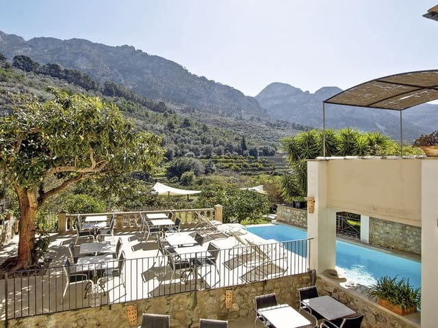 10 bedroom Hotel for sale in Fornalutx with pool - € 3,000,000 (Ref: 6259952)