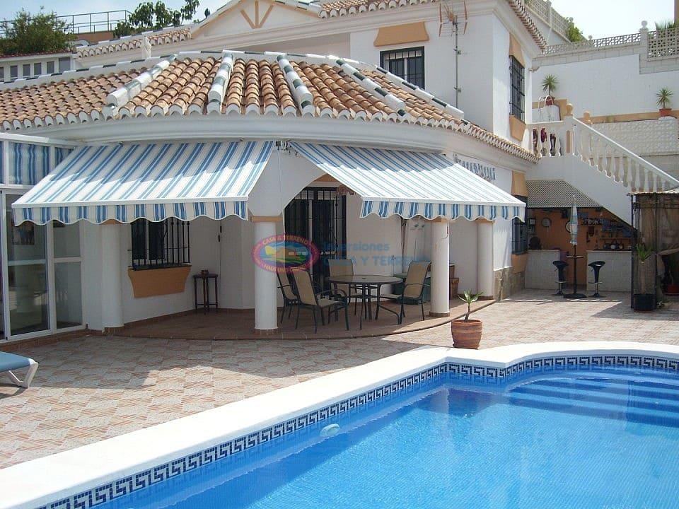 4 bedroom Villa for sale in Almayate with pool - € 383,000 (Ref: 4453919)