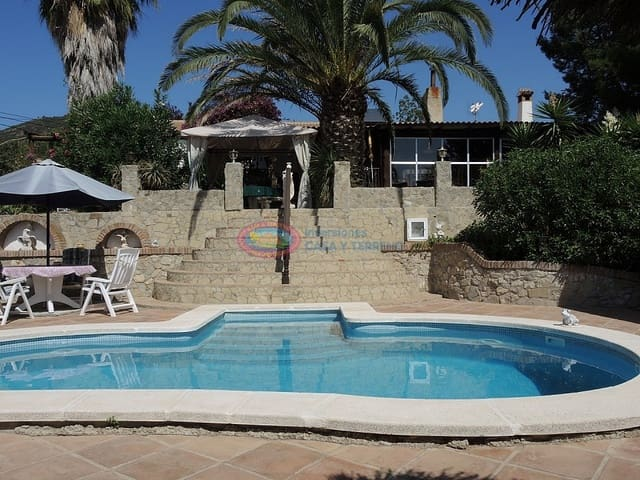 6 camera da letto Villa in vendita in Antequera con piscina - 450.000 € (Rif: 4453959)