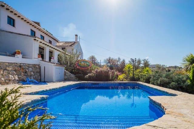 5 Zimmer Villa zu verkaufen in Alfarnatejo mit Pool - 449.900 € (Ref: 4453969)