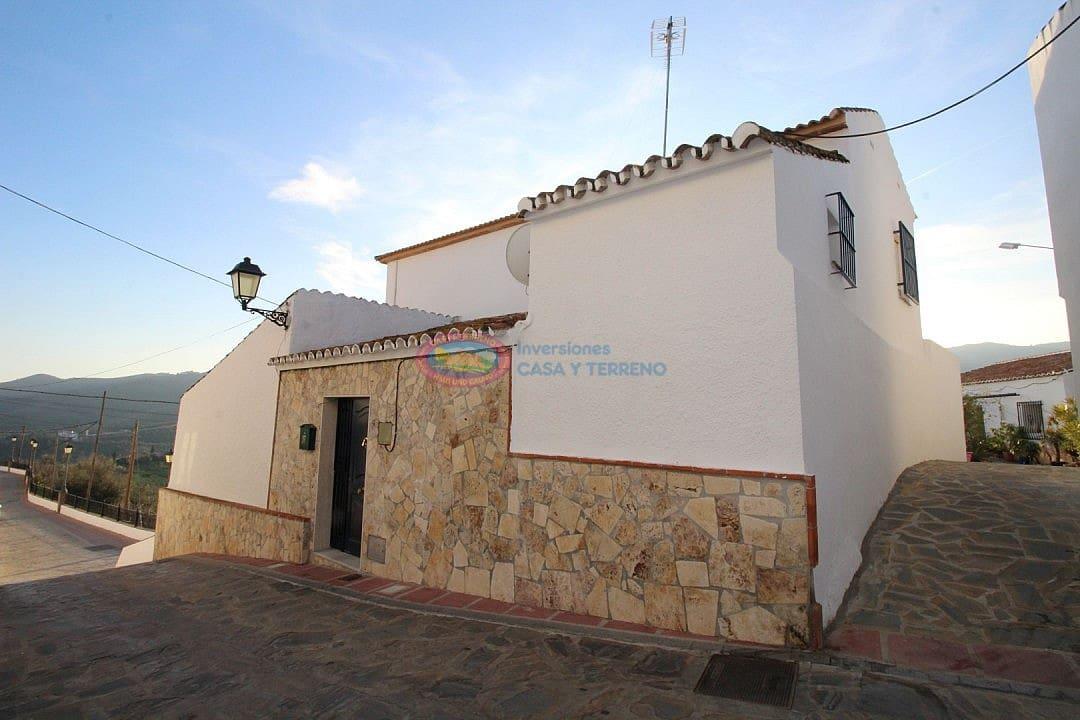 Pareado de 4 habitaciones en Macharaviaya en venta - 160.000 € (Ref: 4454065)