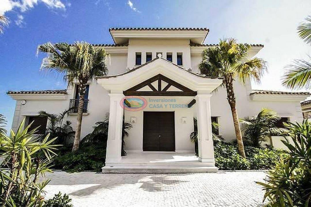 5 bedroom Villa for sale in Marbella with pool - € 3,490,000 (Ref: 4454368)
