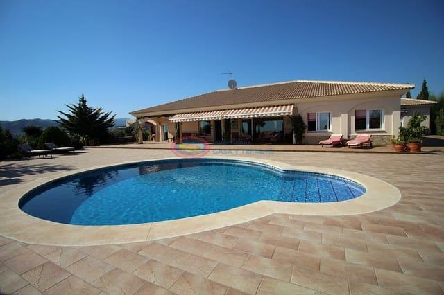 4 soveværelse Villa til salg i Almayate med swimmingpool - € 795.000 (Ref: 4601625)