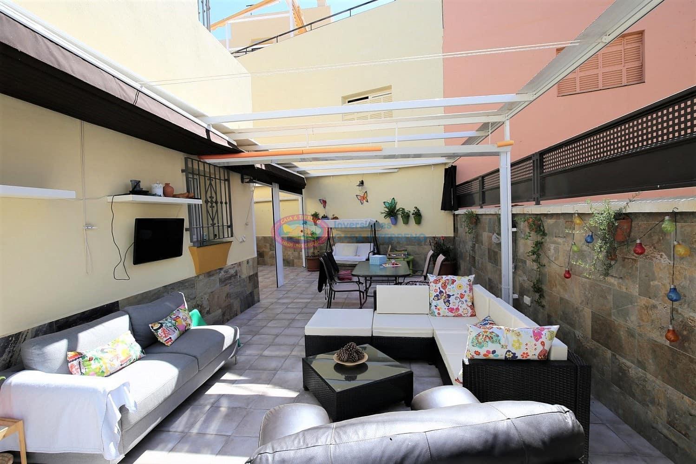 4 bedroom Semi-detached Villa for sale in Almayate with pool - € 284,900 (Ref: 4664473)