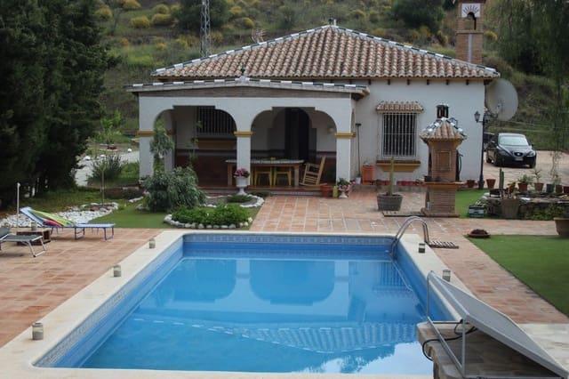 4 Zimmer Finca/Landgut zu verkaufen in Arenas de Velez mit Pool - 315.000 € (Ref: 4605846)