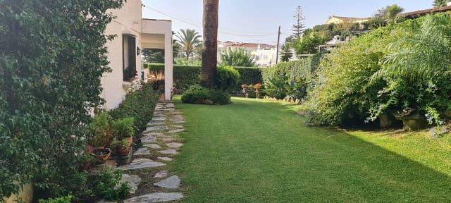 3 chambre Villa/Maison Semi-Mitoyenne à vendre à Torreguadiaro avec piscine - 299 500 € (Ref: 5540397)