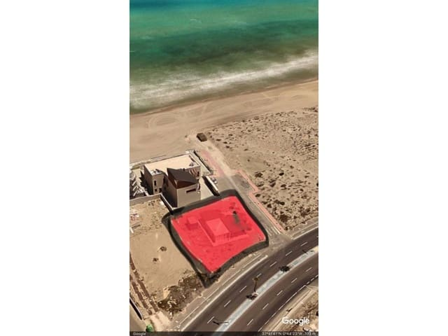 Terrain à Bâtir à vendre à La Manga del Mar Menor - 275 000 € (Ref: 4374609)
