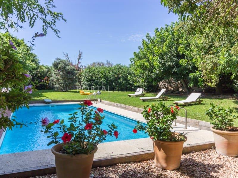6 soveværelse Finca/Landehus til salg i Mahon / Mao med swimmingpool garage - € 1.250.000 (Ref: 5578753)