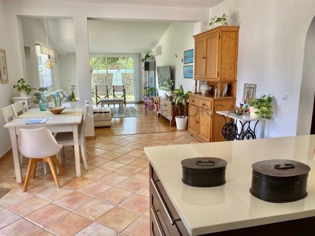 3 soveværelse Finca/Landehus til salg i Santandria - € 546.000 (Ref: 6140737)