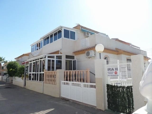 3 makuuhuone Asunto myytävänä paikassa Orihuela Costa mukana uima-altaan - 145 000 € (Ref: 4140435)