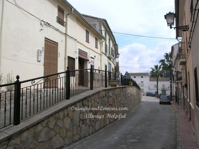 2 soverom Hus til salgs i Castellonet de la Conquesta - € 105 000 (Ref: 714659)