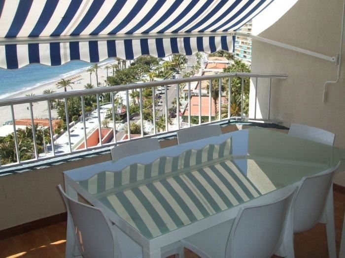 3 bedroom Apartment for holiday rental in Almunecar with pool - € 410 (Ref: 3095242)