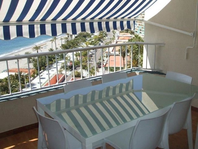 3 bedroom Apartment for holiday rental in Almunecar with pool - € 415 (Ref: 3095242)