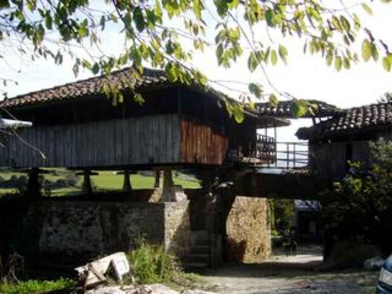 Finca/Casa Rural de 3 habitaciones en Salas en venta - 110.000 € (Ref: 1502905)