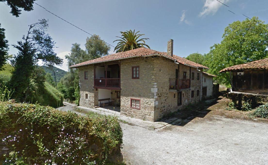 6 Zimmer Finca/Landgut zu verkaufen in Infiesto - 249.600 € (Ref: 3295679)