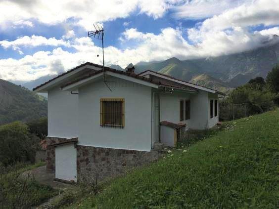 3 chambre Finca/Maison de Campagne à vendre à Cabrales - 180 000 € (Ref: 3602301)