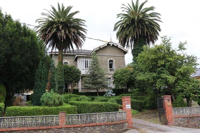 Chalet de 6 habitaciones en Vegadeo en venta - 350.000 € (Ref: 4756715)